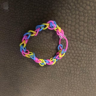 Single Rainbow Loom Bracelet