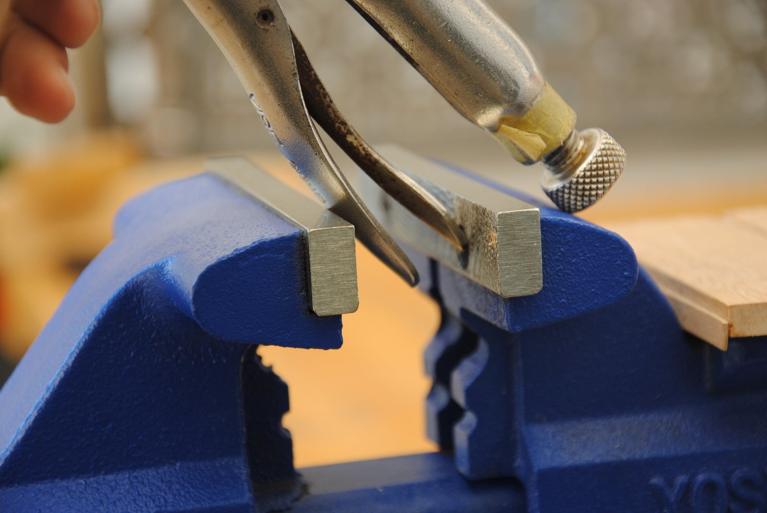 Release Locking Pliers That Are Stuck