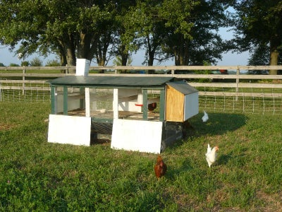 Large Tractor Coop