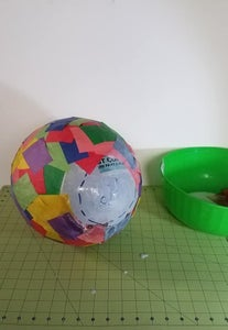 Cover the Balloon With a Second Layer.