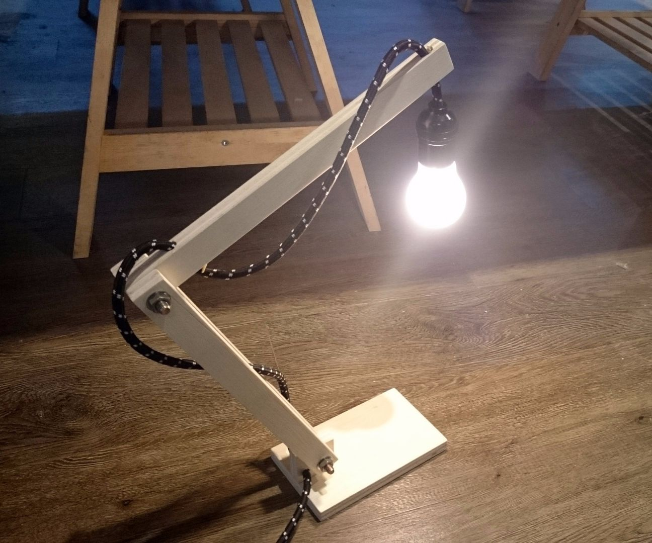 Simple Wooden Lamp