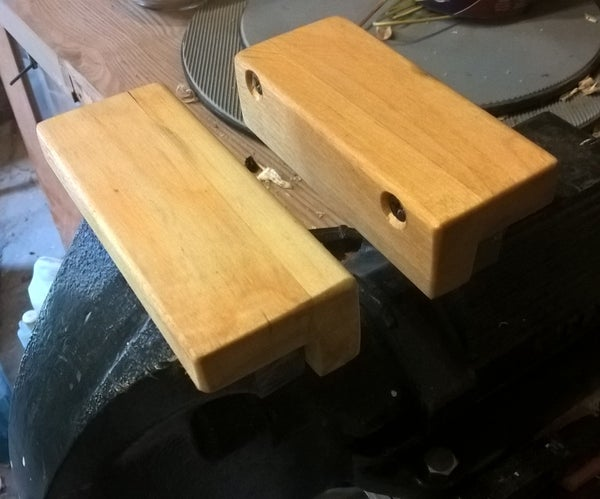 Wooden Jaws for a Metal Vice or Vise Held by Magnets