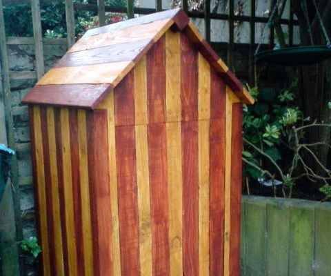 Beach Hut Compost Bin From Recycled Pallets