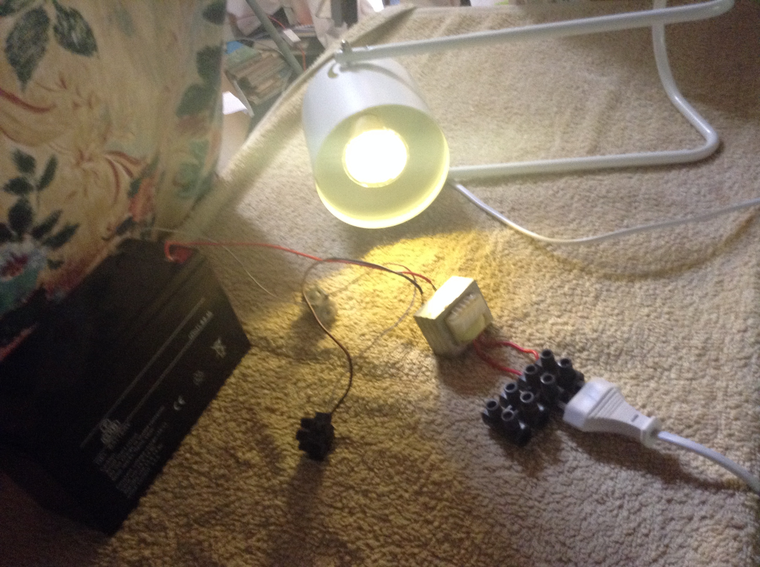 Simplest Inverter With Just a DC Motor 12V to 220V AC