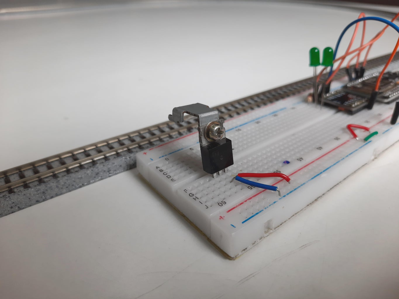 Connect the Voltage Regulator to the Setup