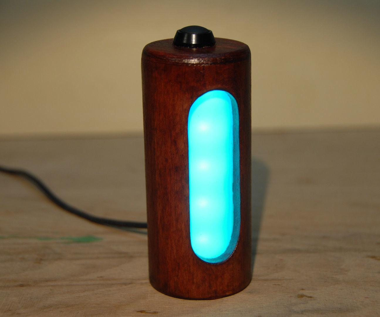 Wooden USB-powered RGB-LED lamp