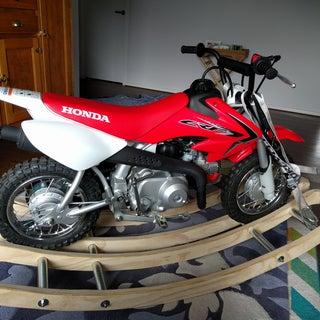 Rocking Speeder Bike