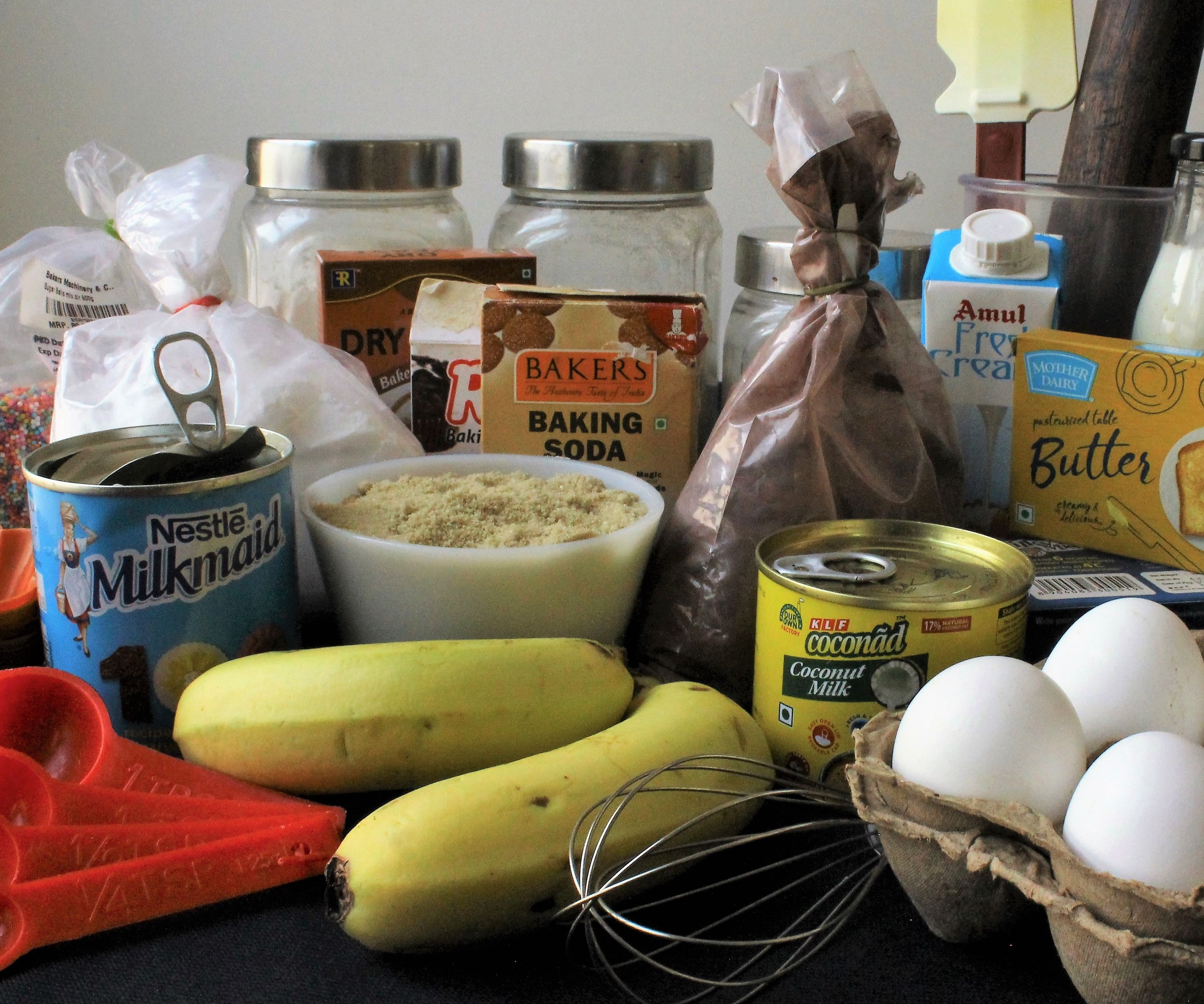 Simple Guide to Ingredient Substitutions for Baking