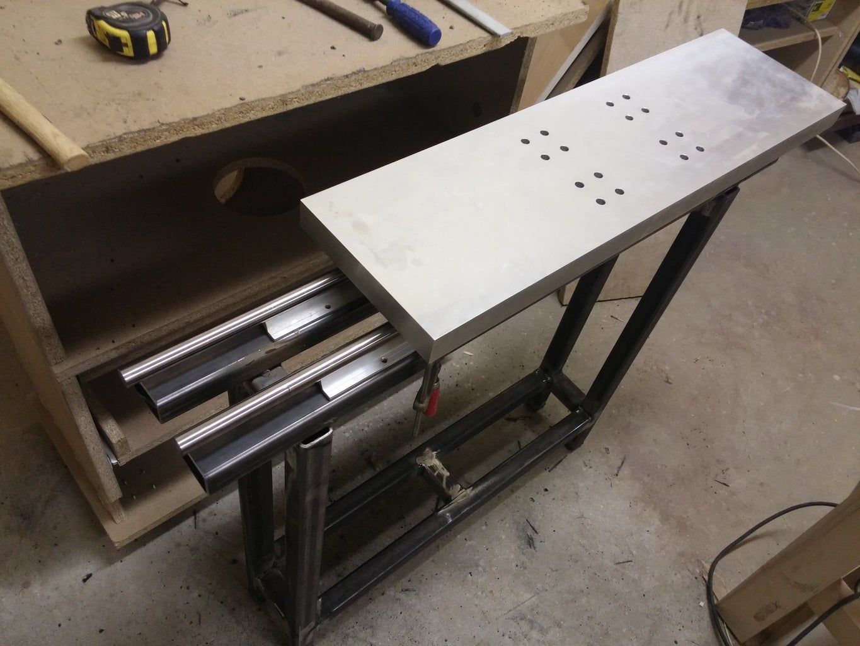 Aluminium Sliding Carriage