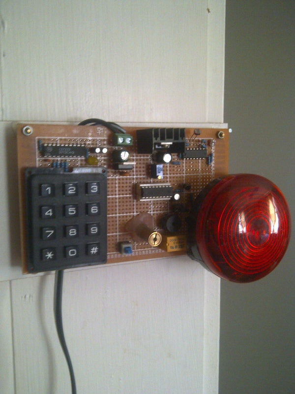 Laser Trip Wire Security System With Combination Lock and Epic Siren!