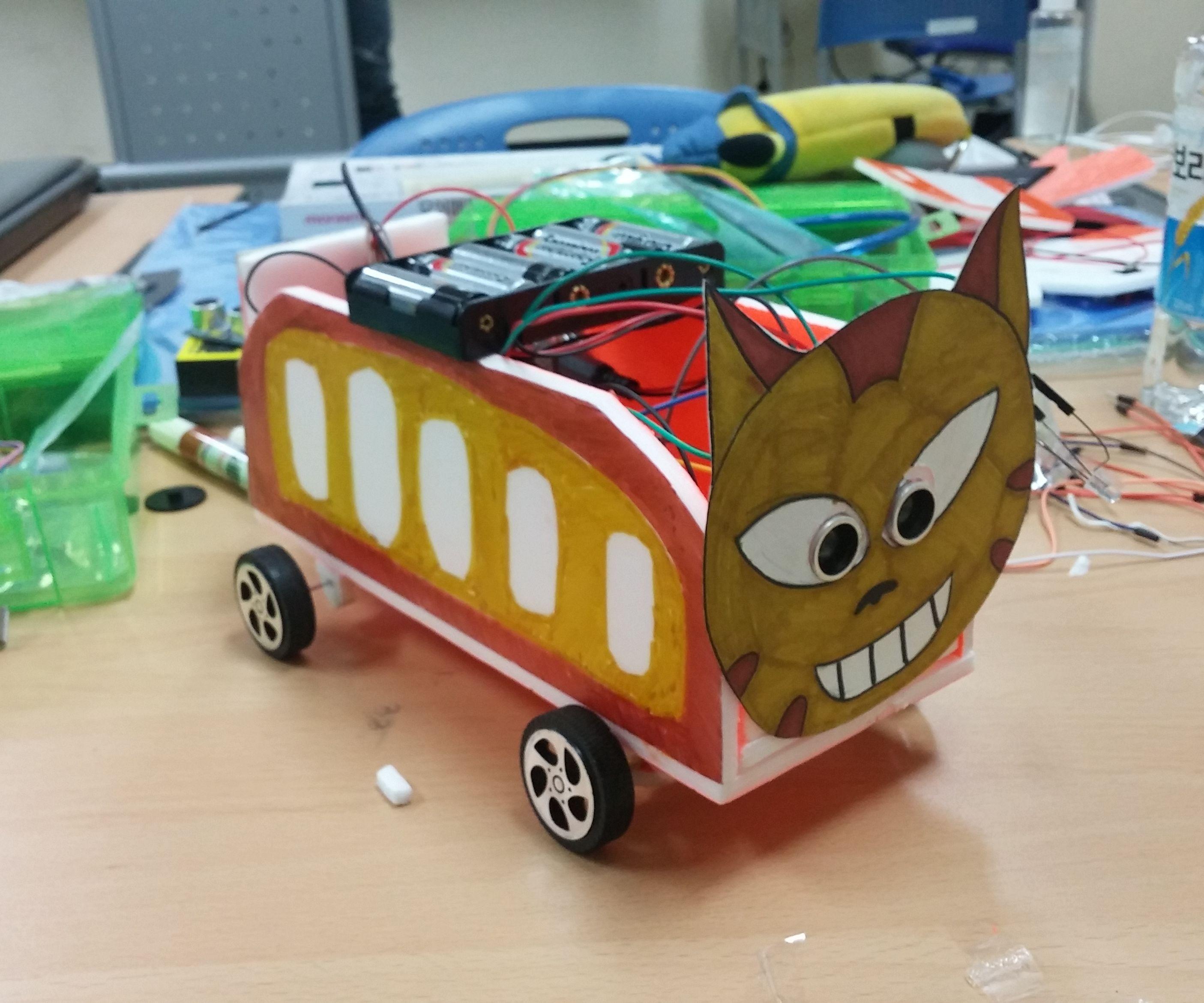 Aduino UNO를 이용한 도망치는 자동차 장난감 만들기
