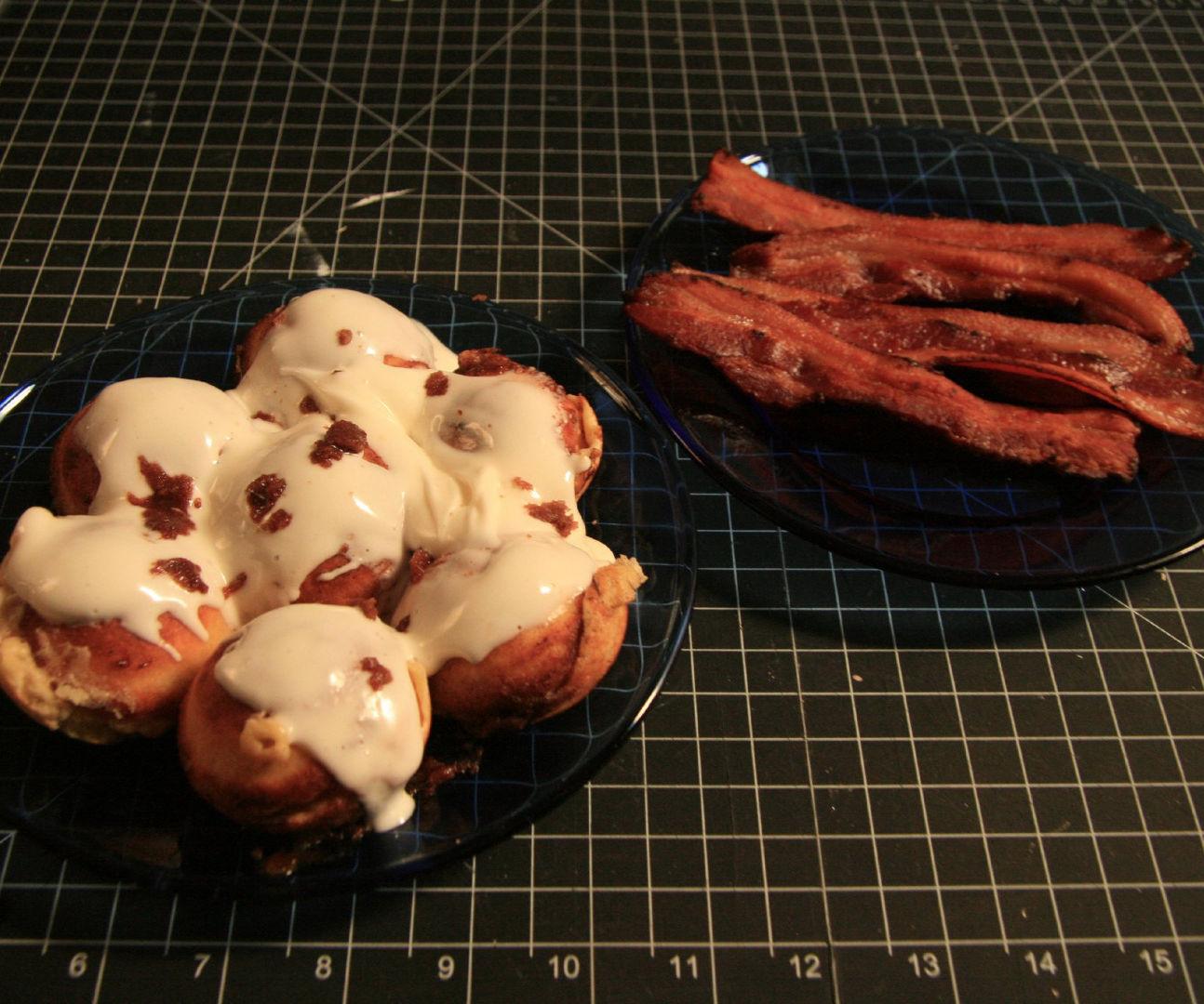 Baconskivers! (Bacon ebelskivers)