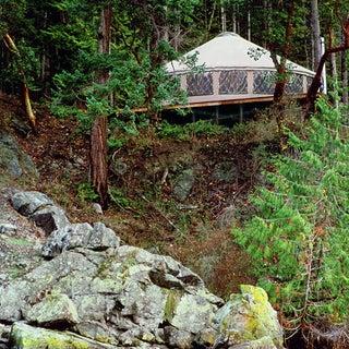 30-Pacific-Yurt-Lakeside2.jpg