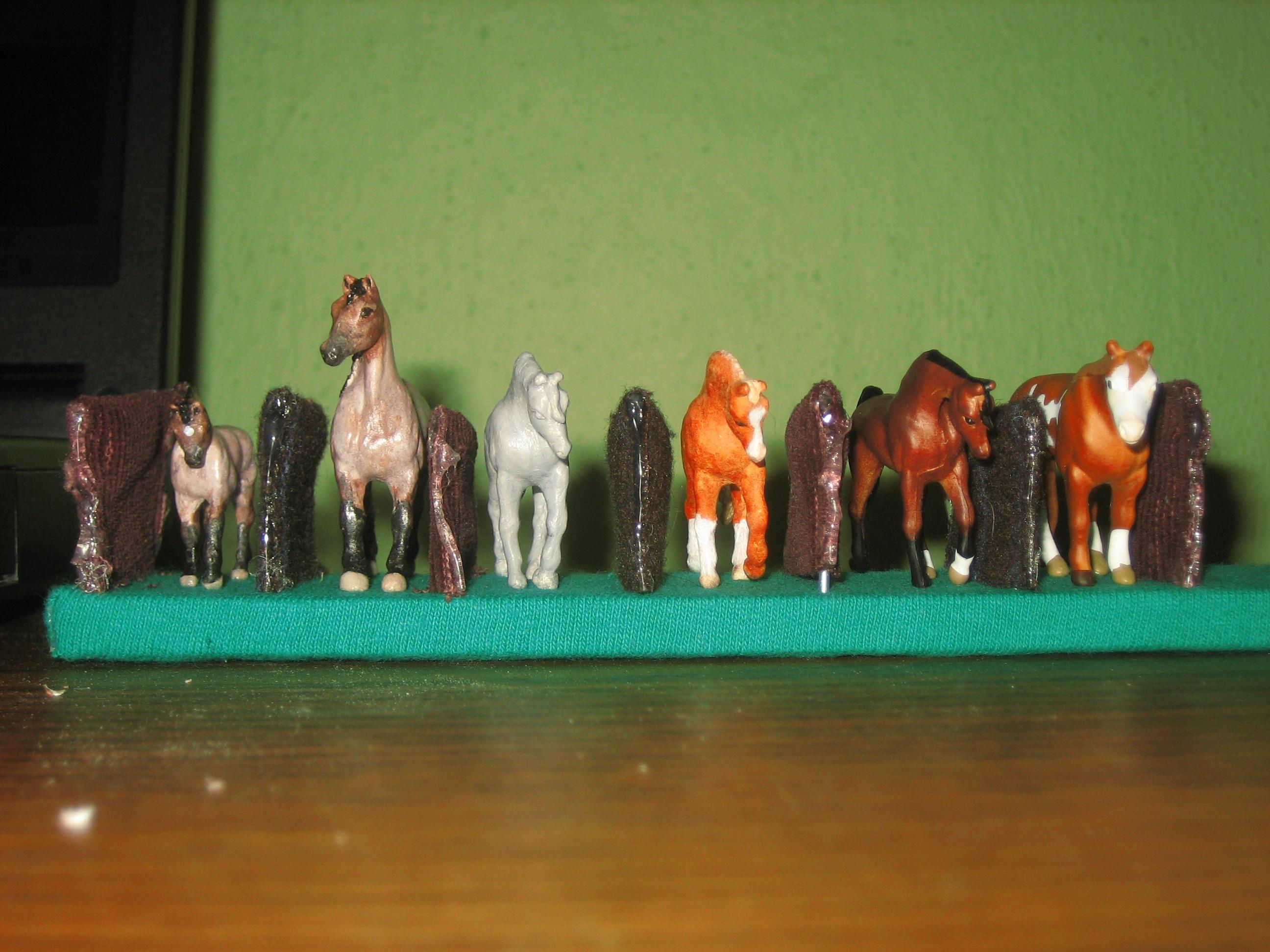 Easy Model Horse Holder 5 Steps Instructables