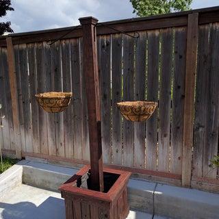 Hanging Basket Column