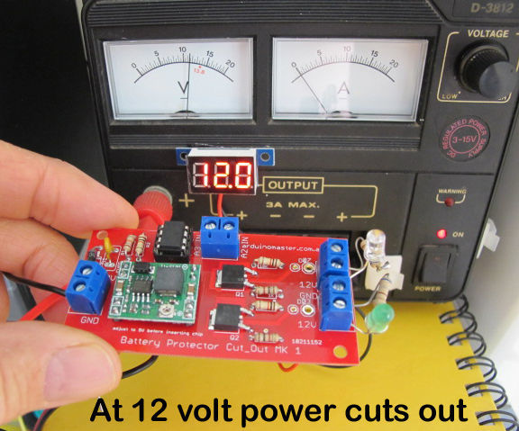 Battery discharge protector cut-out switch with ATtiny85 for lead acid Car or Lipo battery