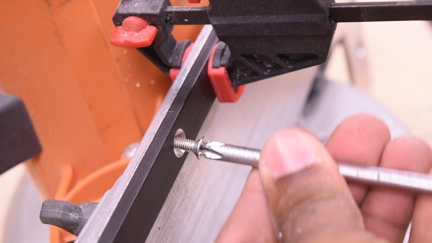Adding the Bars to the Circular Saw