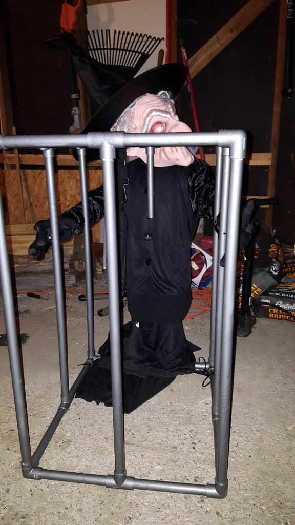 Build PVC Cage