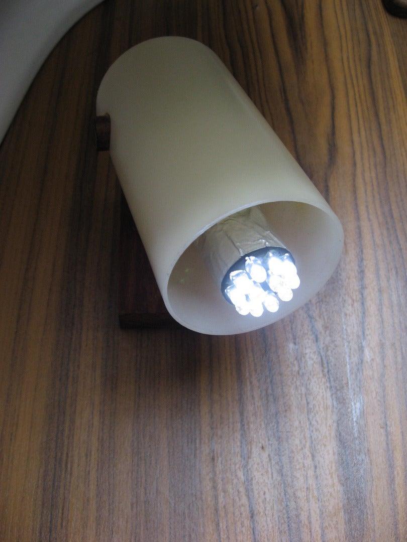 Bayonet Plug Compatible LED Bulb for Older Sailboat