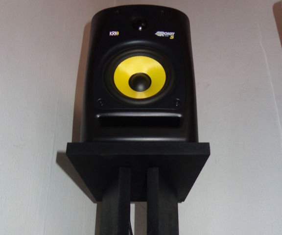DIY- Make your own Stands for Studio Monitors Speakers