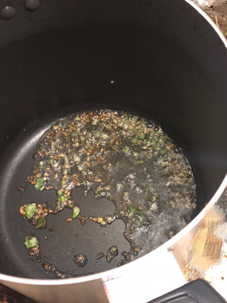 Cooking Procedures - Preheat and Oil Up the Soup Pot