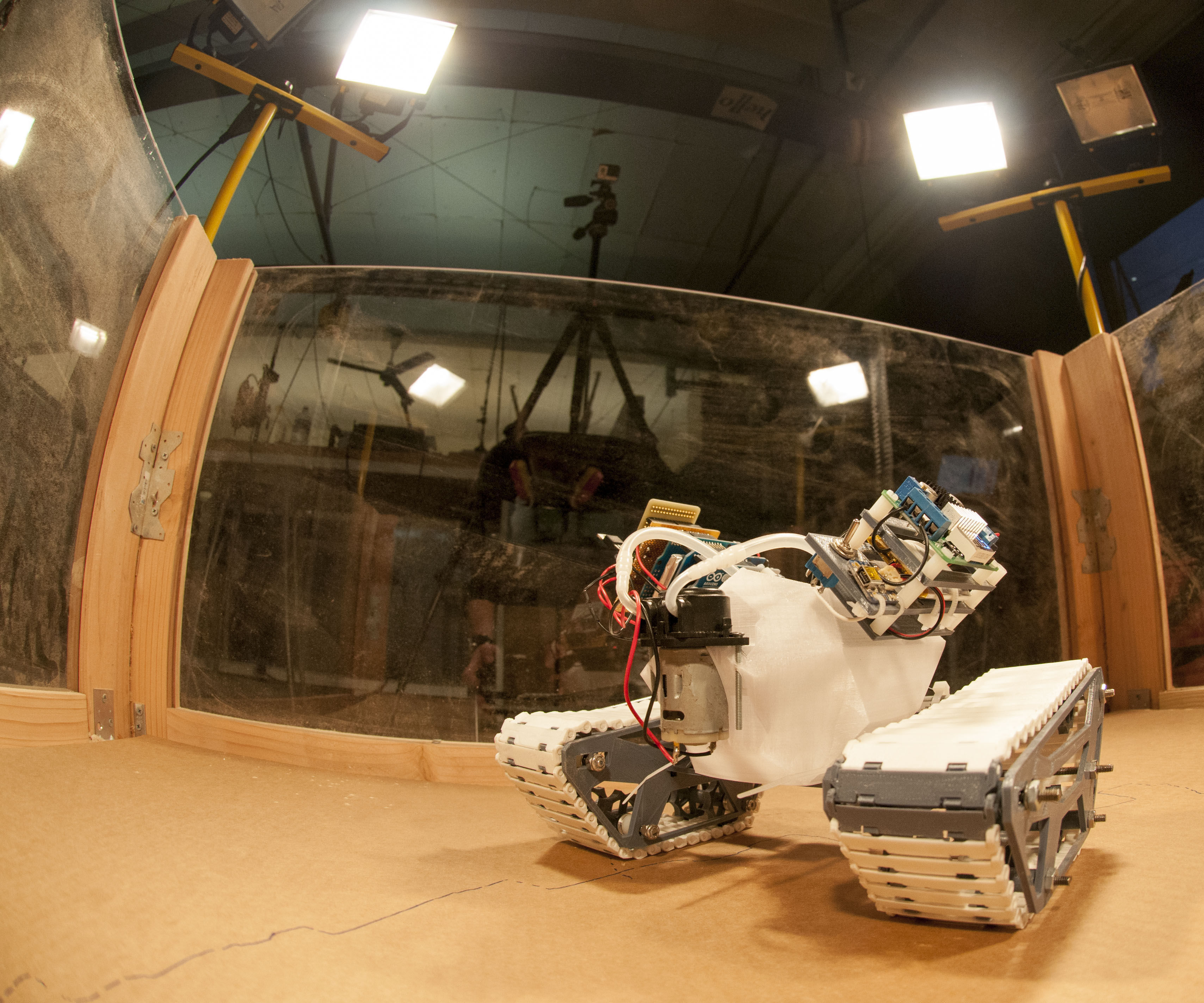 Swarmscapers: Autonomous Mobile 3D Printing Robots