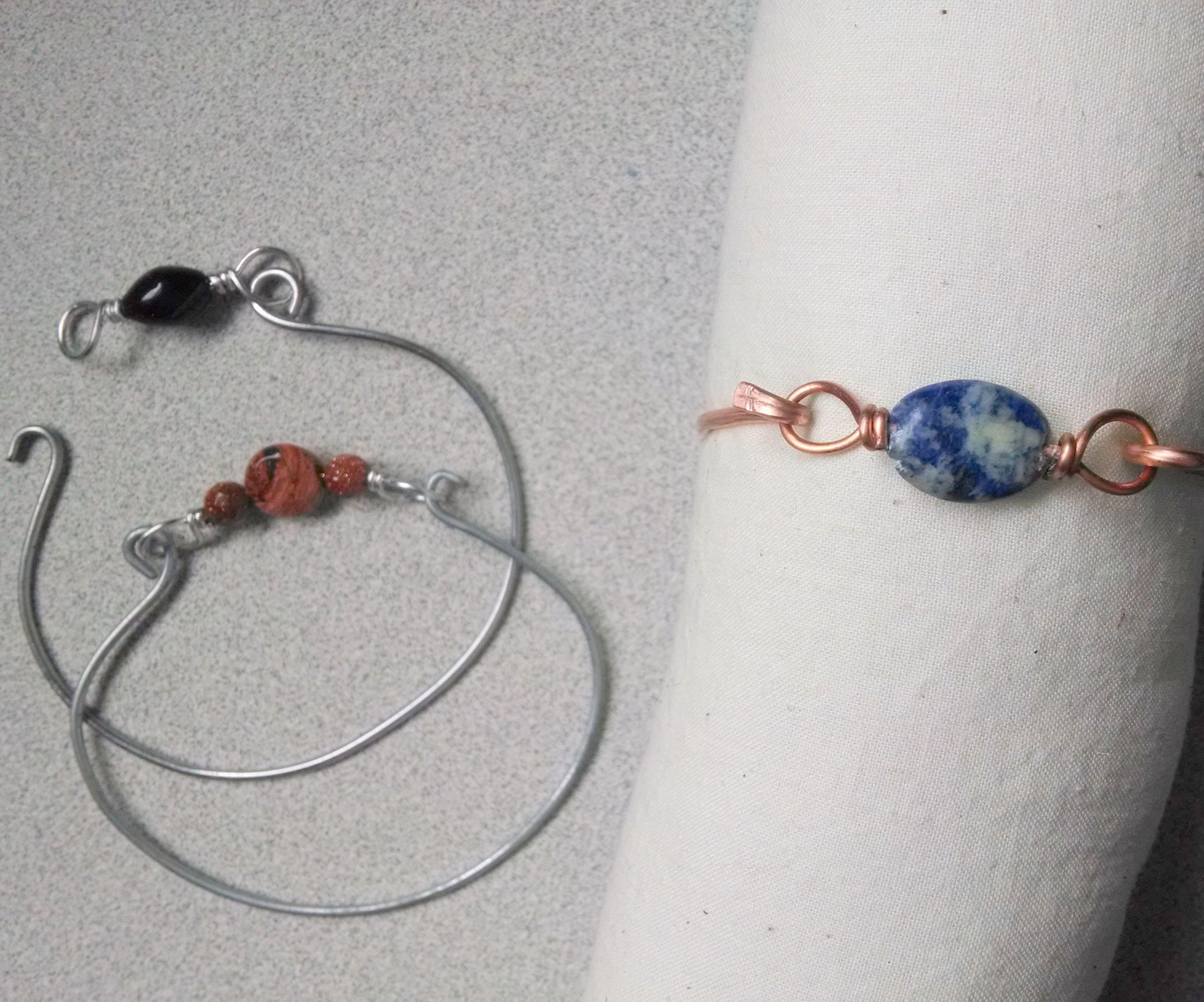 Making a metal bangle bracelet