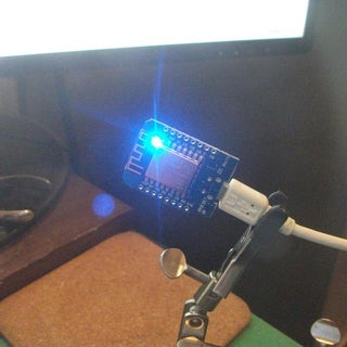Control Led Via Browser    Nodemcu Mini D1 R1    HTML    CSS    Wemos D1 R1