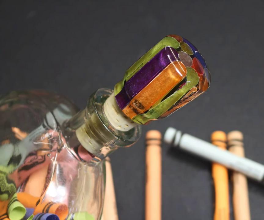 Crayon Wrapper Wine Stopper