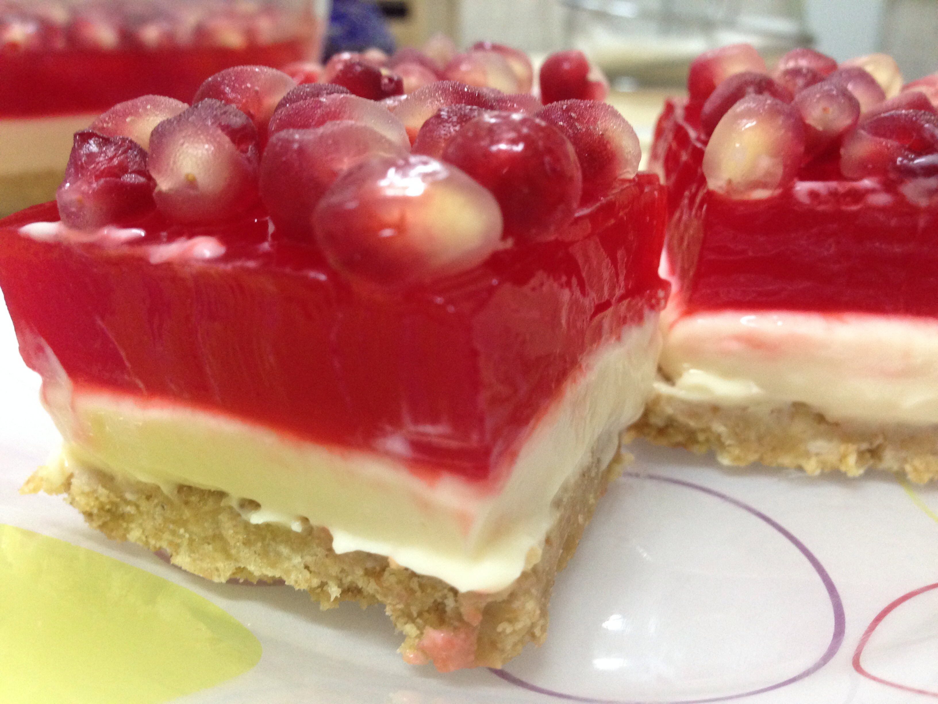 Pomegranate Jello Cheese Cake