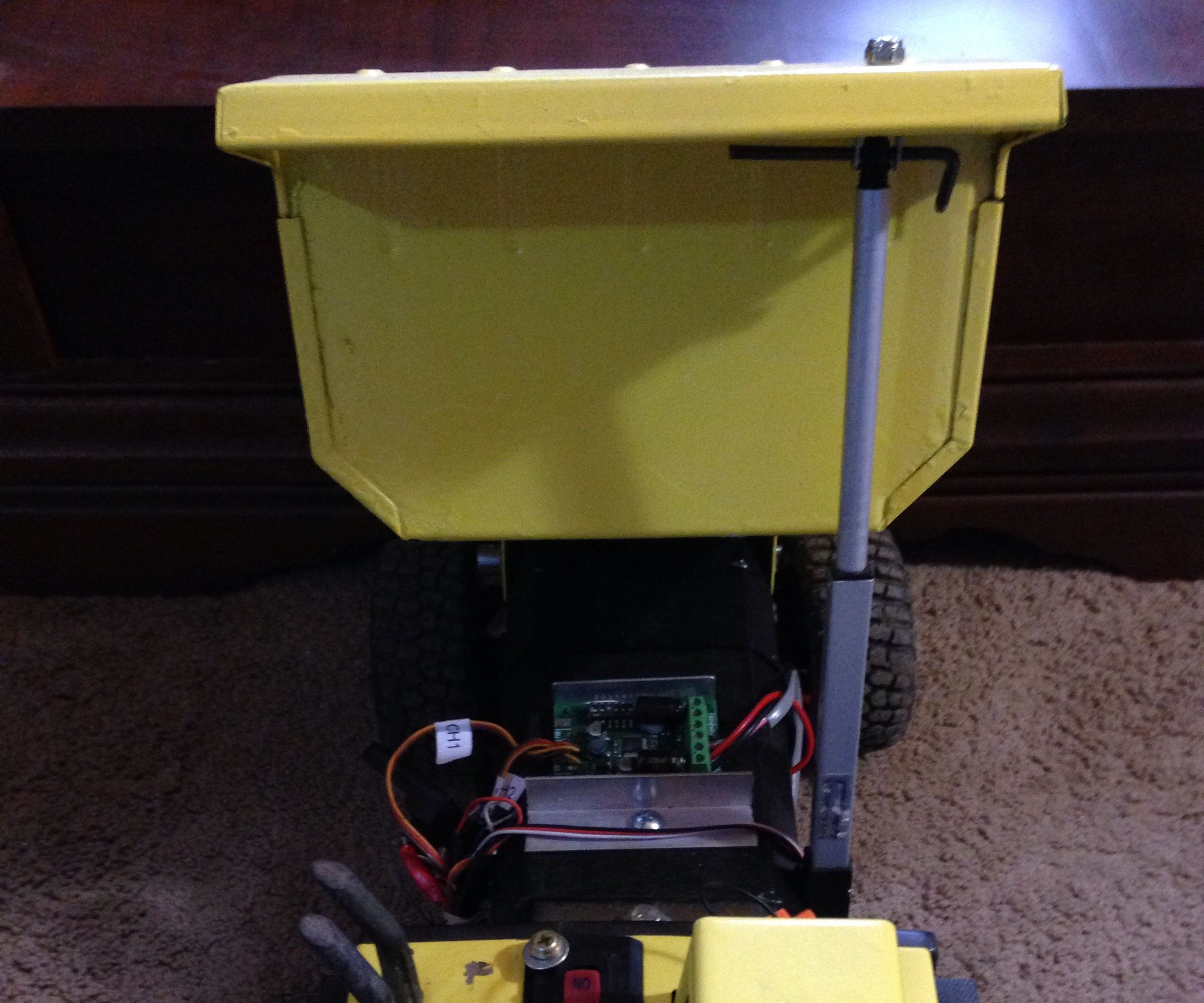 Rc Tonka Dump Truck Conversion With Quad Steering -Part 1 (with solar update to come)