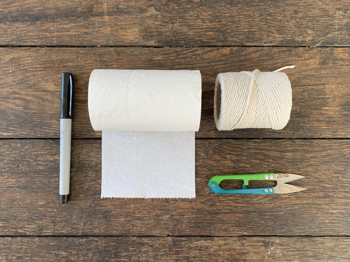 Simple Flying Toilet Paper Ghost Decoration