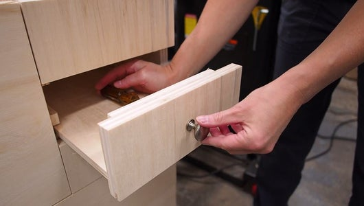 Top Drawer Fronts & Hardware