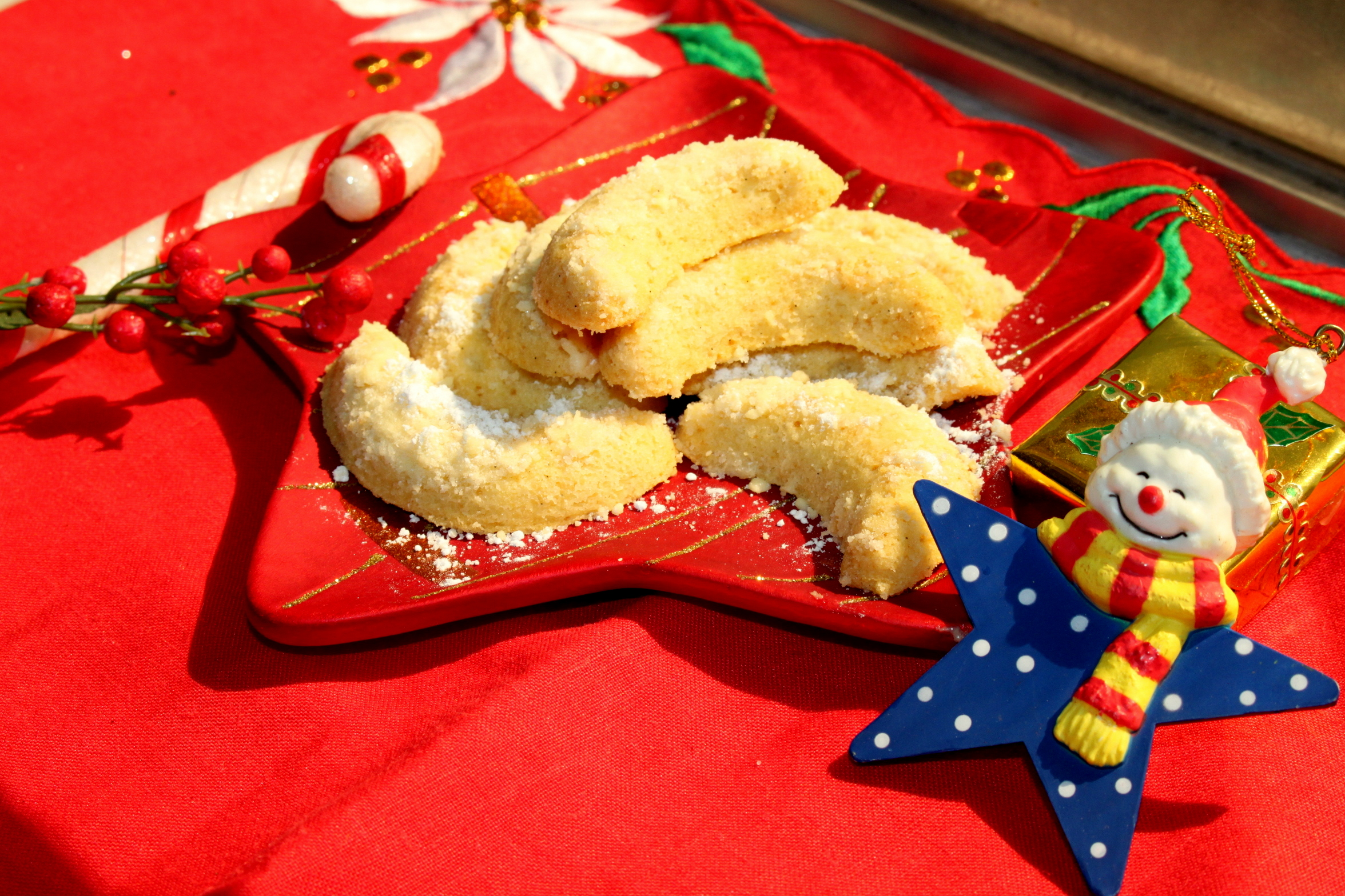 Vanilla Kipferl ~ traditional Christmas Cookie