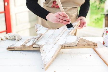 White Washing Tutorial   Furniture Painting