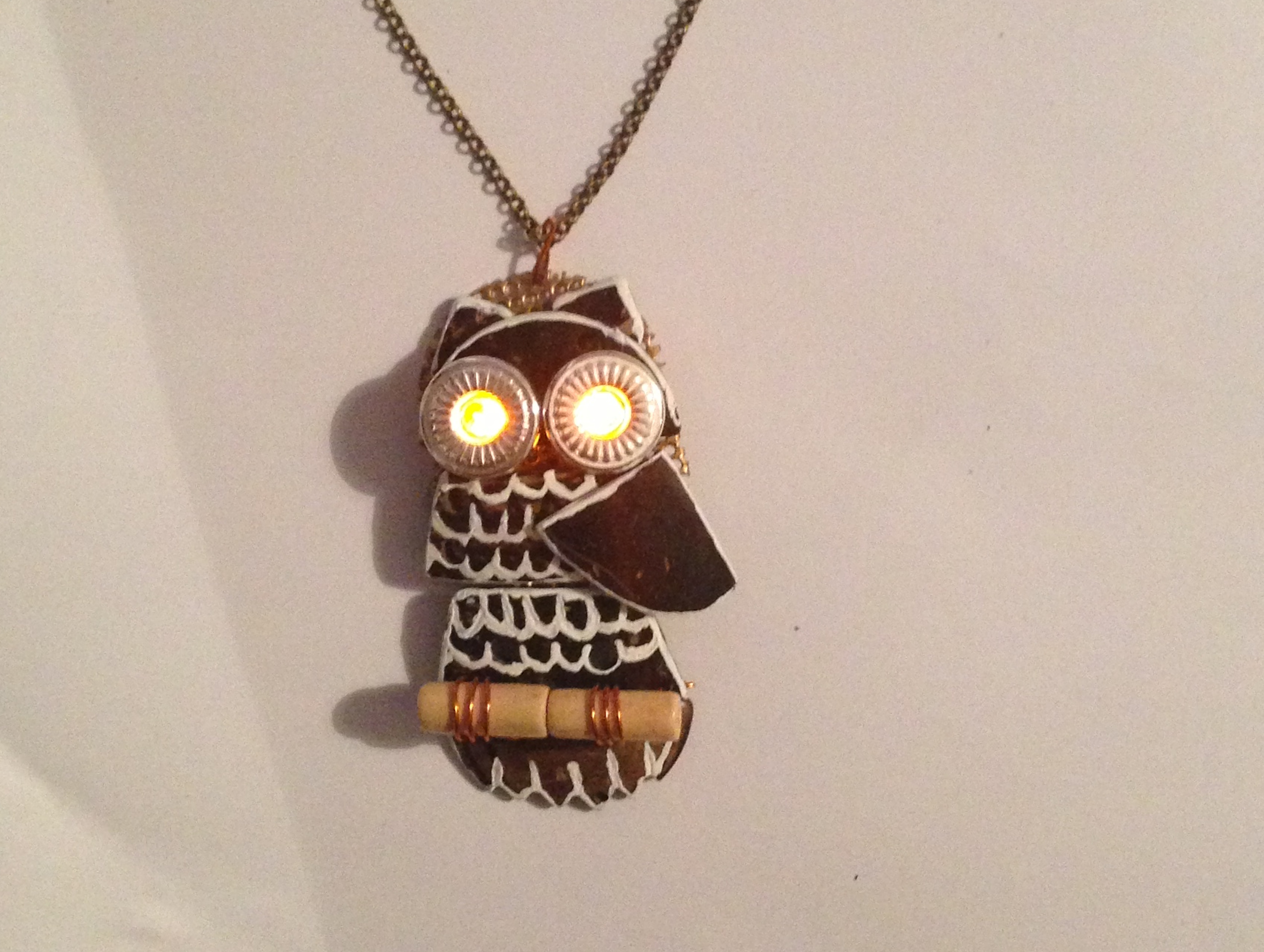 Awesome Coconut Owl Led Necklace