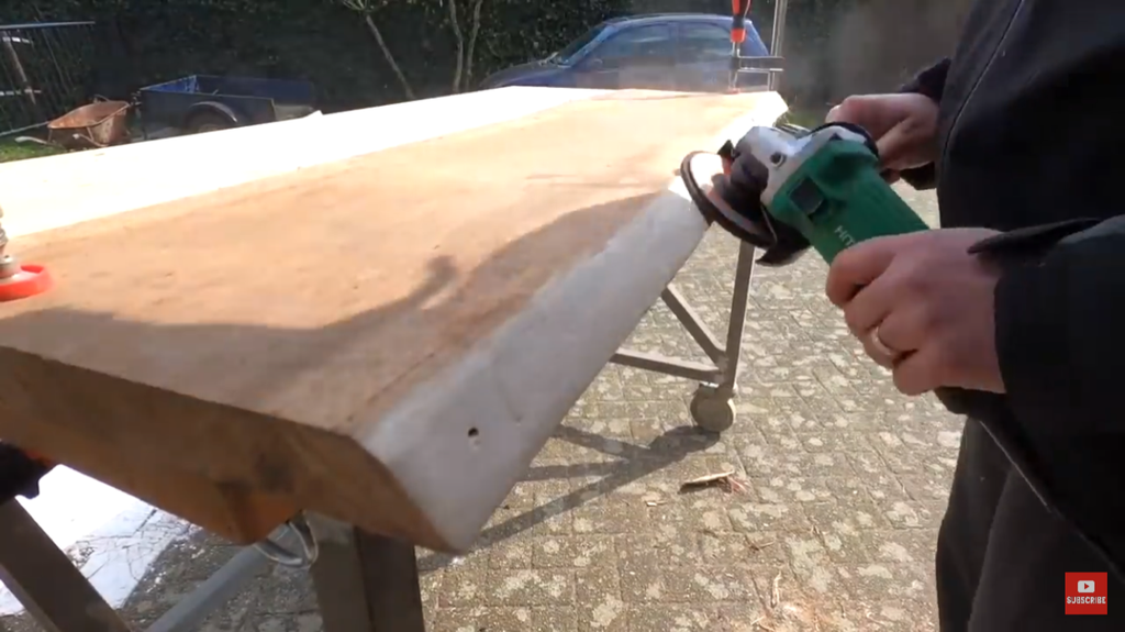 Smoothen the Live Edge With a Flap Disc (angle Grinder)