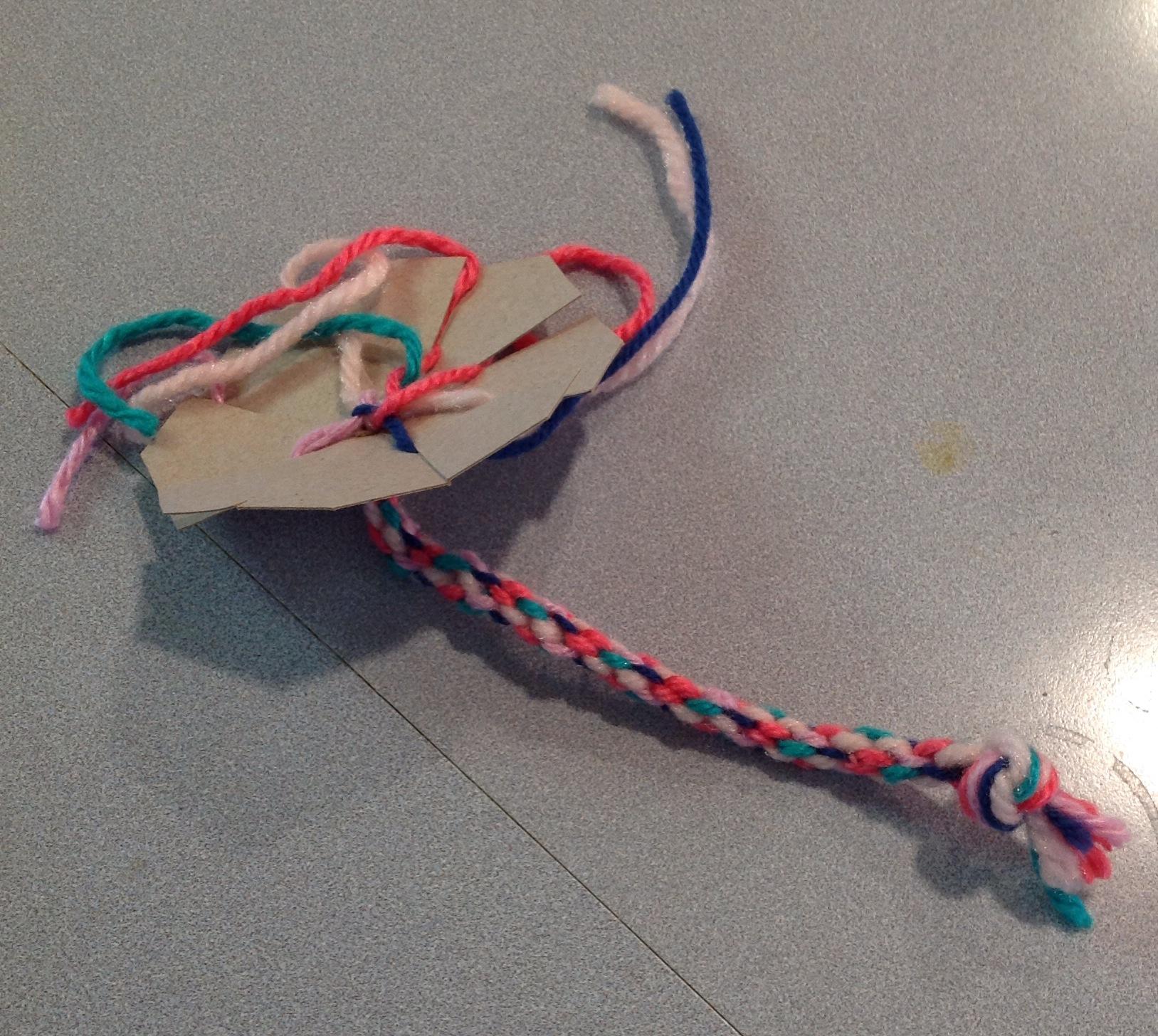 Super Easy & Super Cheap Bracelet Loom