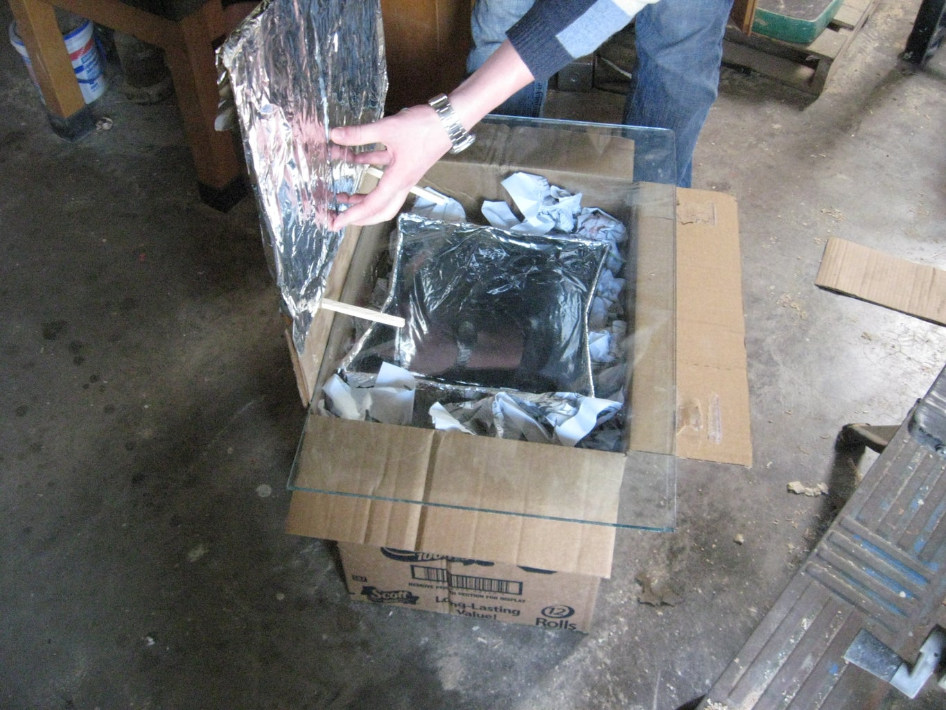 Place Glass or Plastic on Top of Large Box