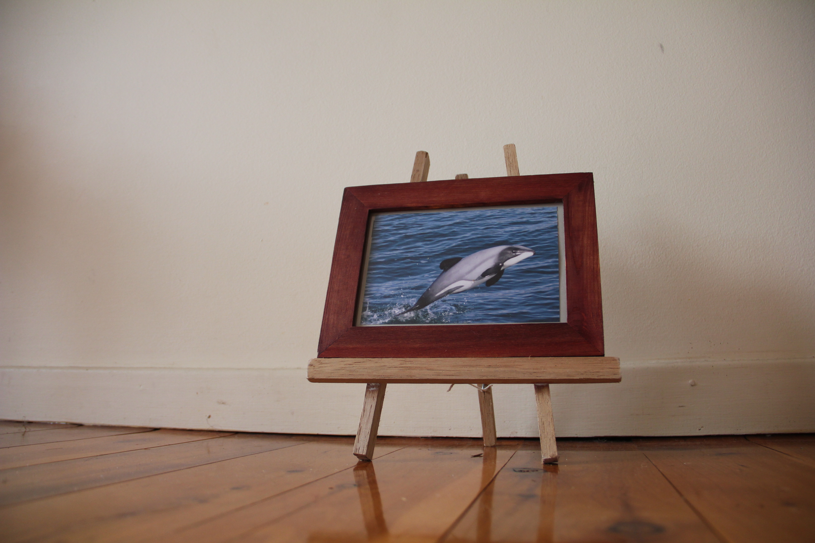 How to make a mini home made art easel in 20 min