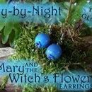 飞越夜晚:玛丽和巫婆的花耳环