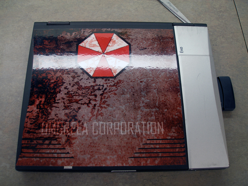 DIY Cheap Laptop Skins