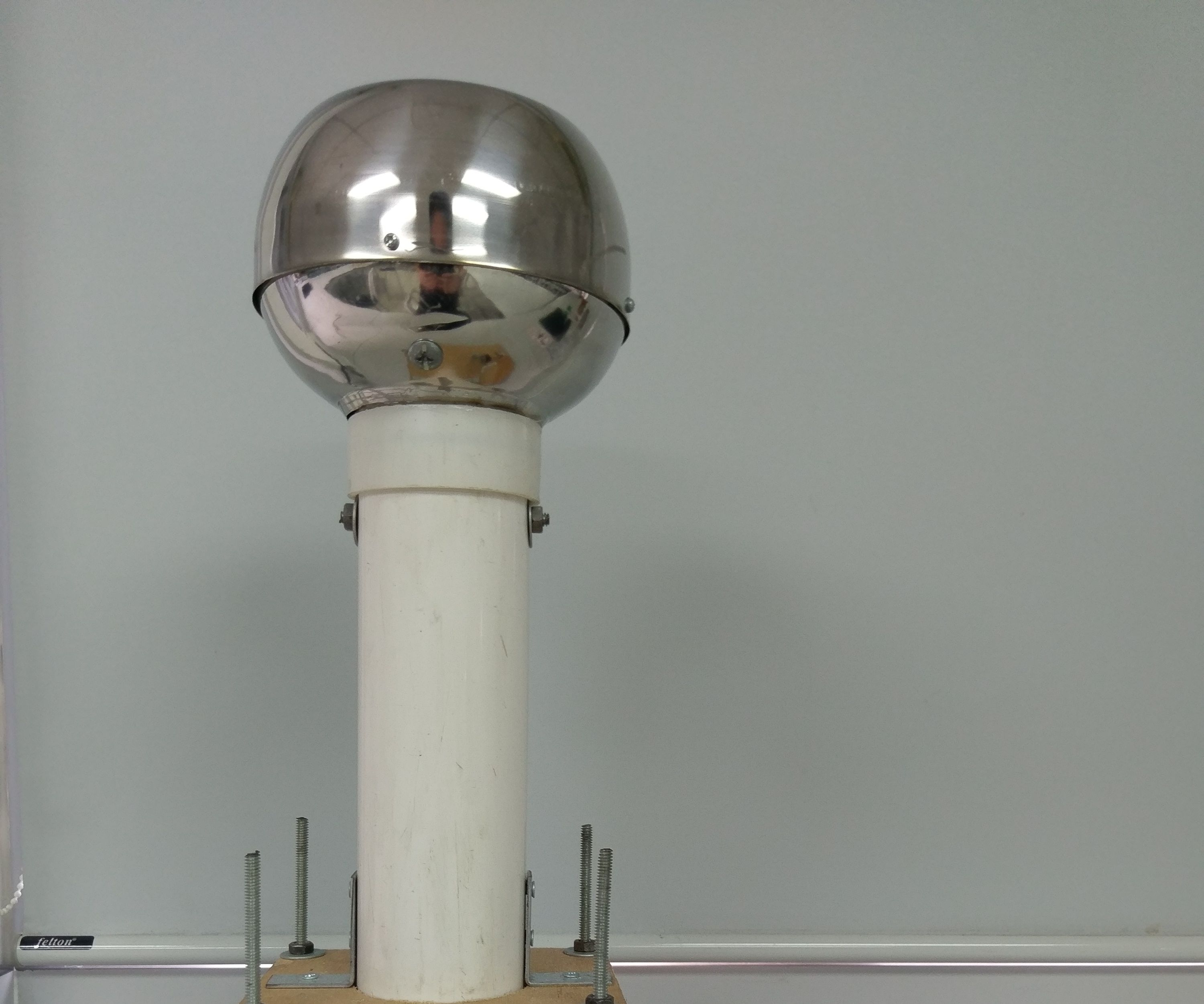 How to make a Van De Graaff generator
