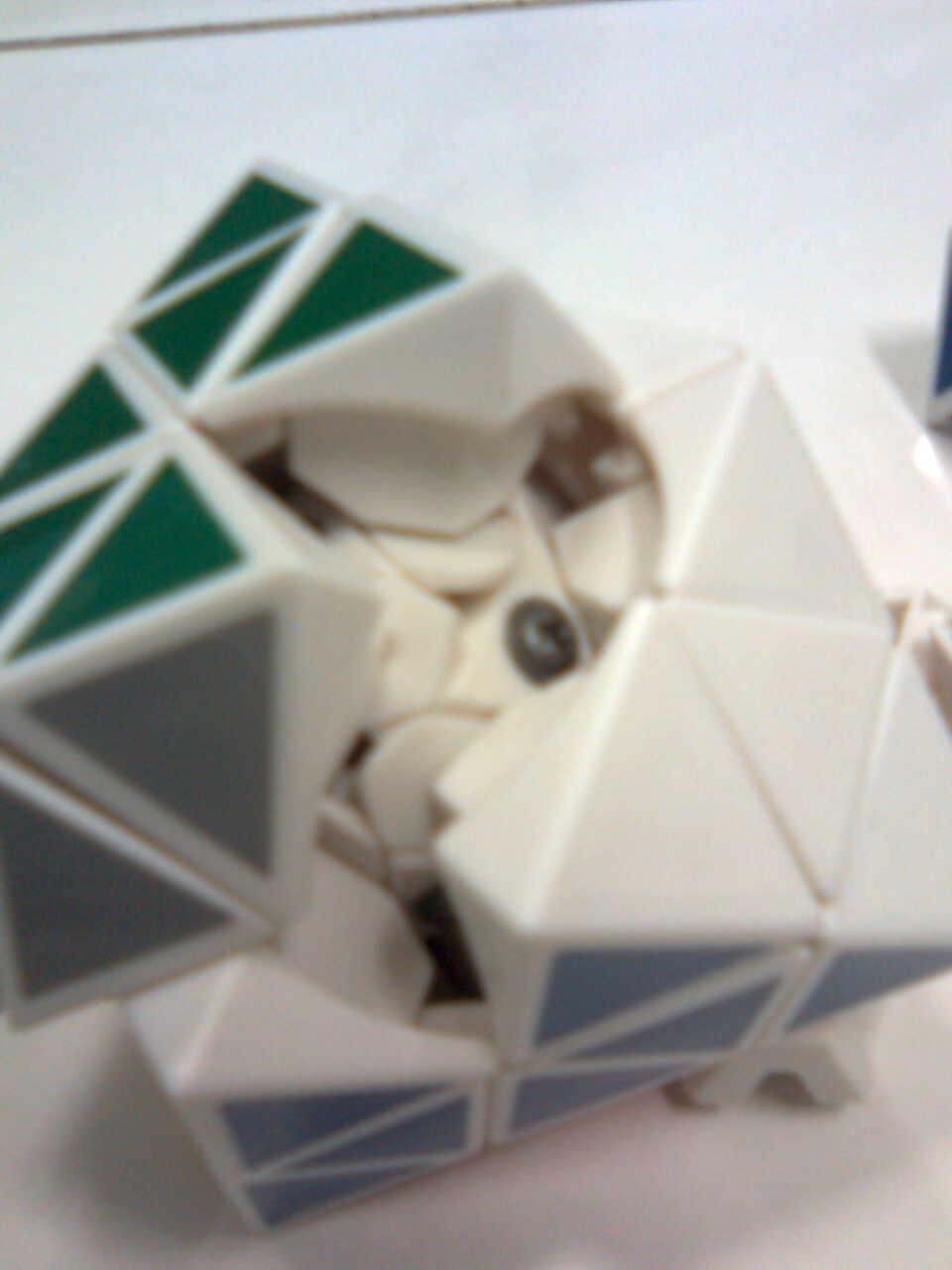 8 Sides!-The Turning Face Octahedron Mechanism