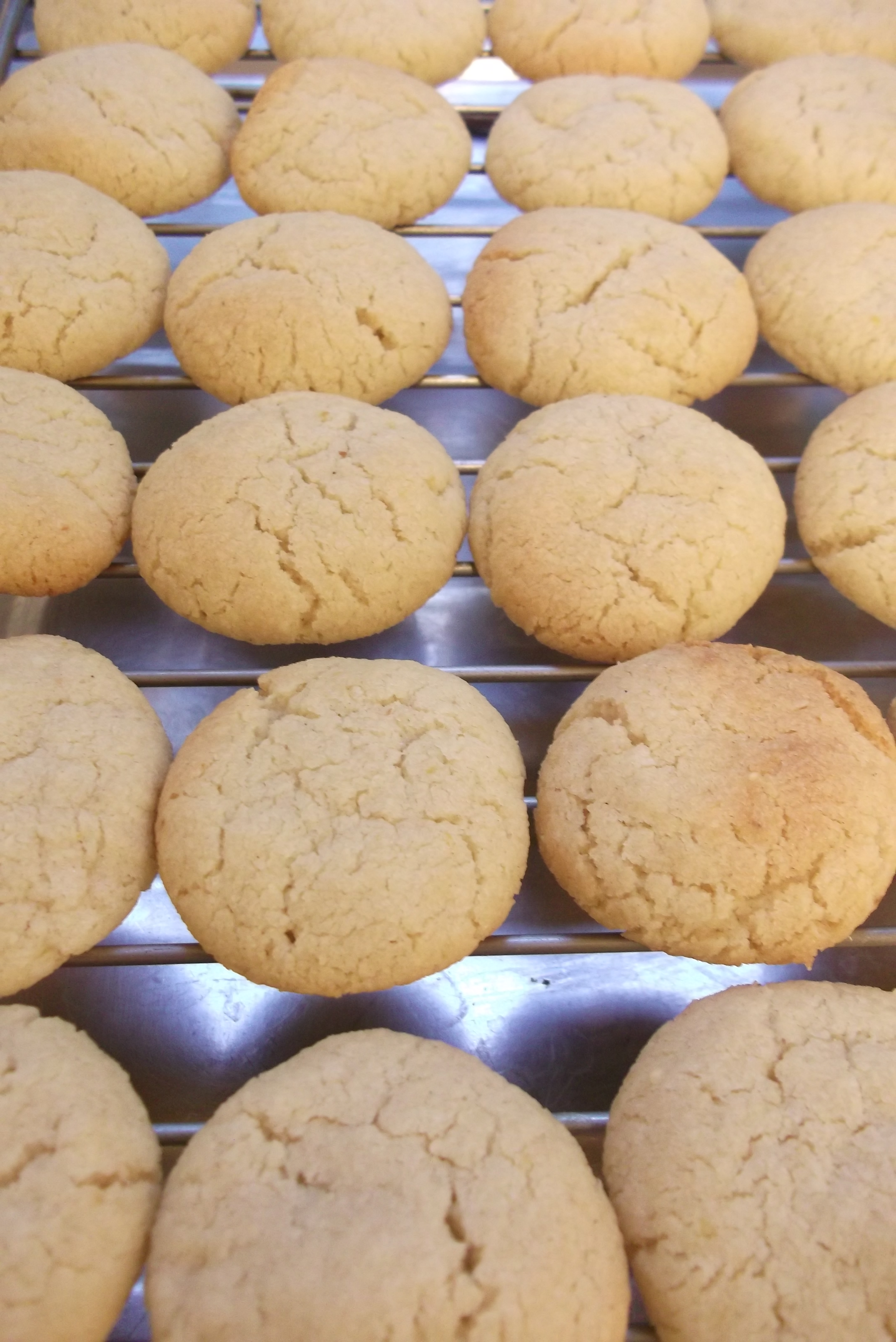 lemon and almond butter biscuits