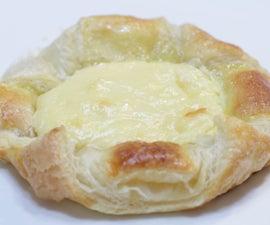 Easy Cheese Danish