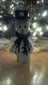 DIY Wooden Snowman
