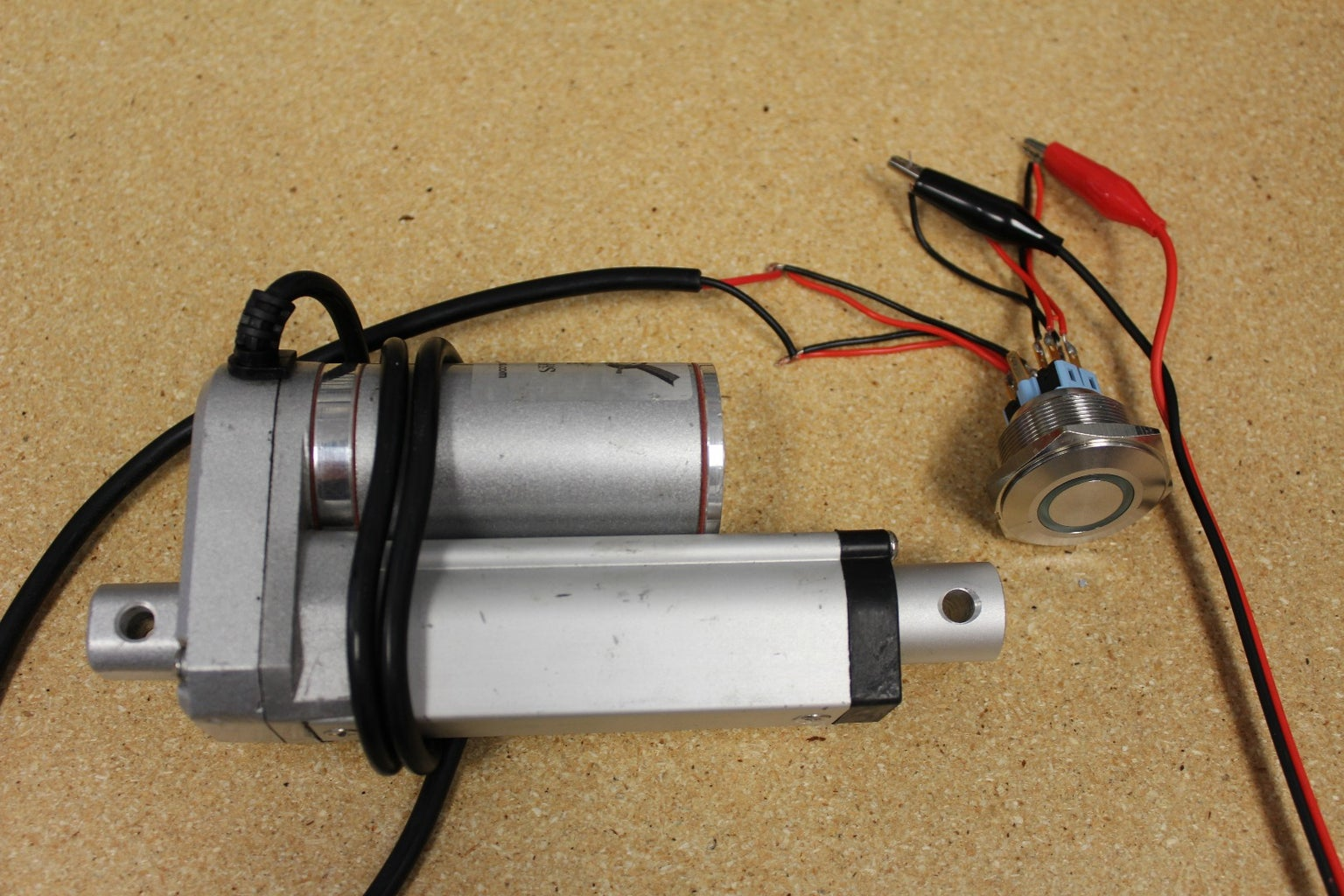 Wiring the Round Rocker Switch