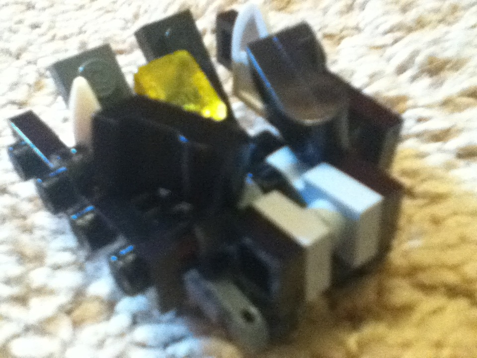 Lego Transformer: Bleak