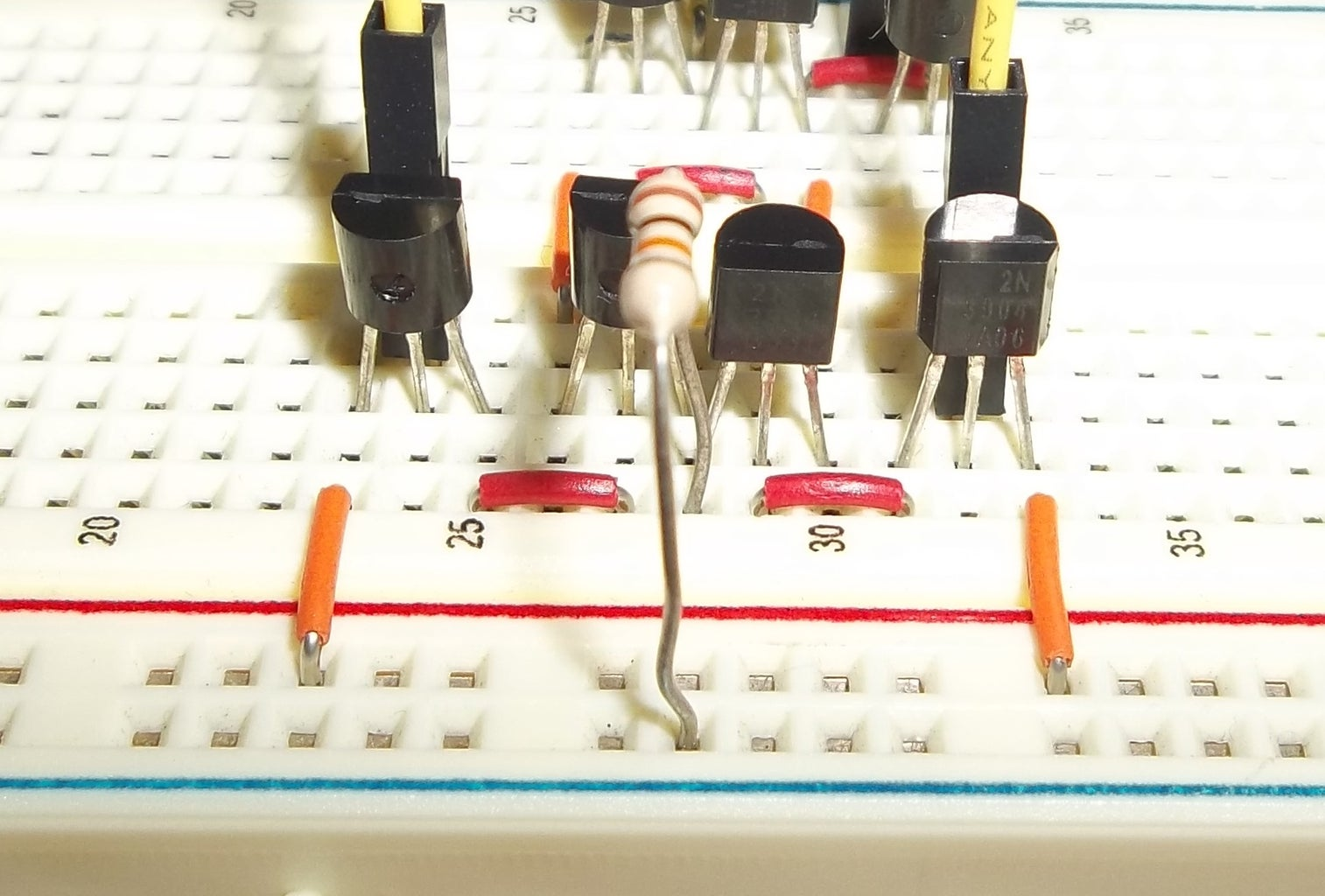 Building the Threshold Comparator